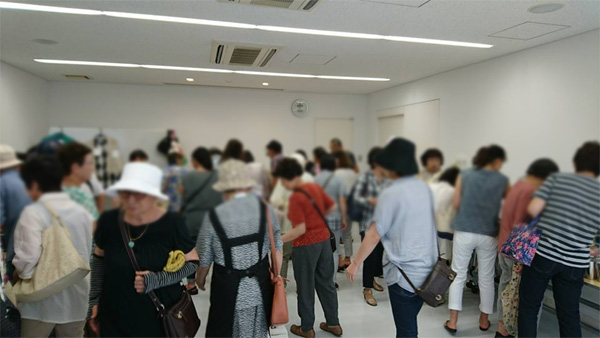 omobaza2017-08.jpg